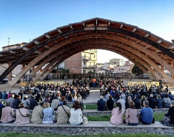 La Unió Musical del Bages ofereix el seu concert al cobert de la màquina de batre de Sant Fruitós de Bages