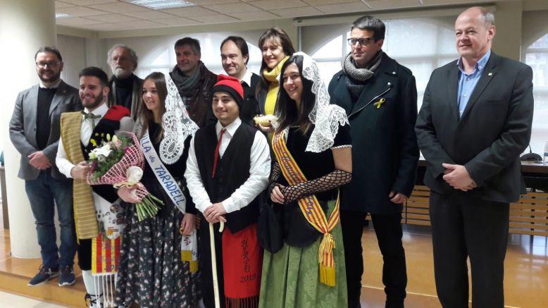 La Consellera de Cultura ressalta la importància de mantenir l'essència de la tradició en uns Tonis multitudinaris