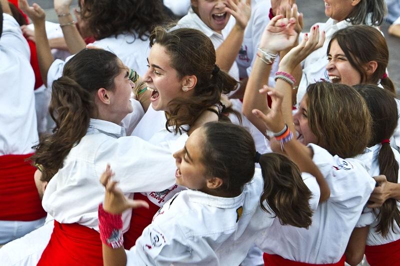 Primera actuació de les Dones Falconeres, a Vilanova i la Geltrú