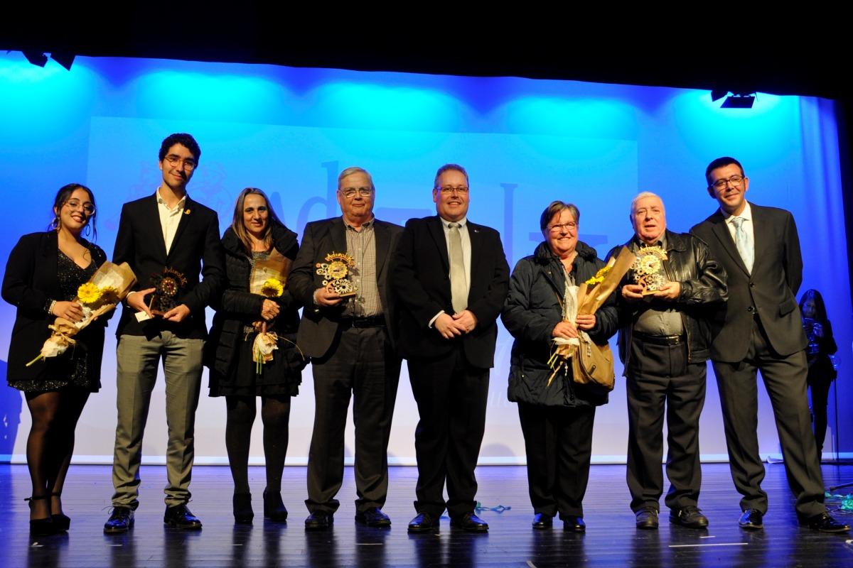 Els guardonats en els Premis Adifolk durant la Gala de l'Any 2019