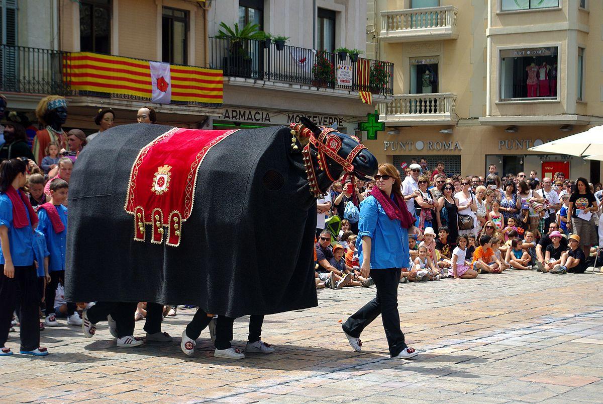 Crearan un catàleg del bestiari festiu català en 3D