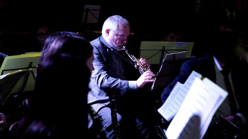 La banda de la Federació Catalana de Societats Musicals ofereix un concert emotiu i reivindicatiu a Brussel·les