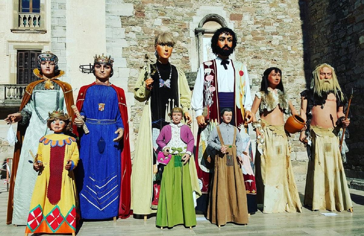 Els gegants de Moià, juntament amb els de l'Agrupació de Colles de Geganters de Catalunya | Geganters de Moià
