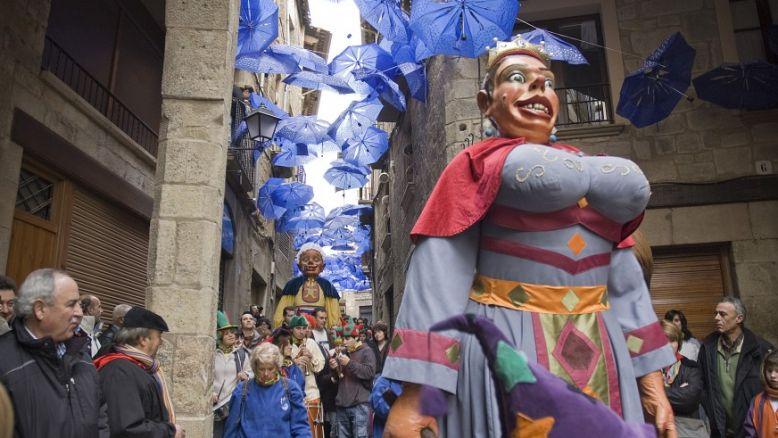 Els gegants bojos de Solsona, entre els convidats a l'exposició 'Gegants de Corpus vs Gegants de Carnaval'